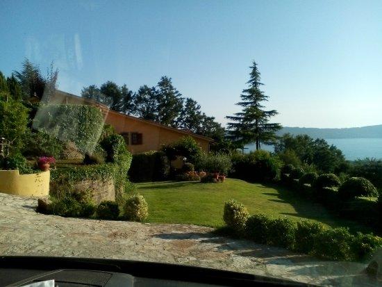 Villa la Paiola - Lago di Vico : all'arrivo....la vista toglie il fiato