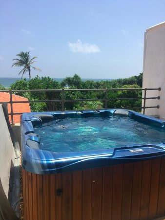 Aditya: This was the top floor with our own private jacuzzi
