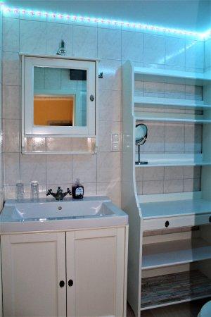 App. 5 Badezimmer mit Eckbadewanne - Bild von Hotel Arche Noah ...