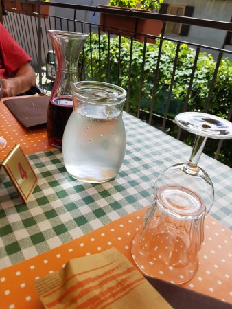 Pella, Italien: brocca acqua