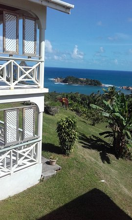 Calibishie, Dominica: Side view of apartments with grounds and breathtaking views.