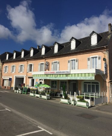 Pontacq, France: Extérieur