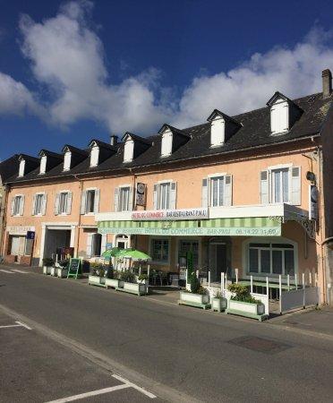 Pontacq, Francia: Extérieur