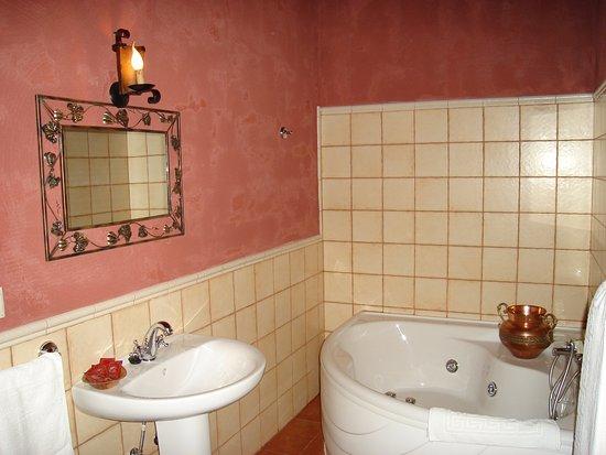 Algarinejo, Spain: baño con hidromasaje