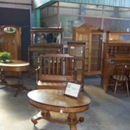 Allegan, MI: furniture