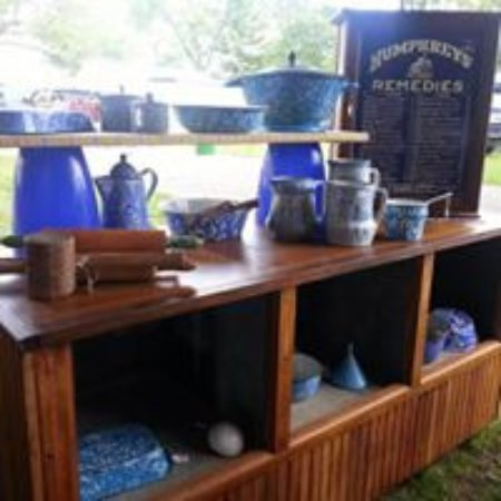 Allegan, MI: kitchenware