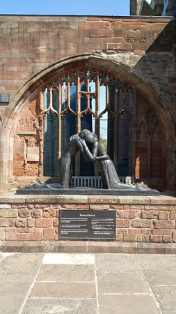 Coventry, UK: Reconciliation Sculpture