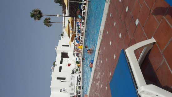 Paraiso del Sol Apartments: 20170626_105731_large.jpg