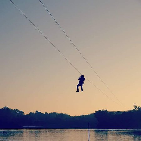 Pachmarhi, Indien: Zip Line!