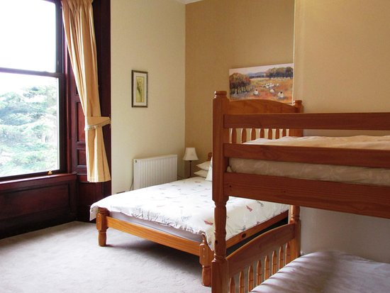 Wigtown, UK: Beauly - family room double & bunks ensuite