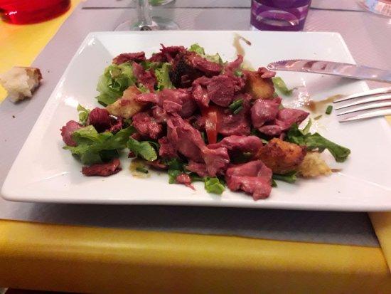 Les Dames Galantes: Salade de gésiers déglacée au vinaigre de framboise.