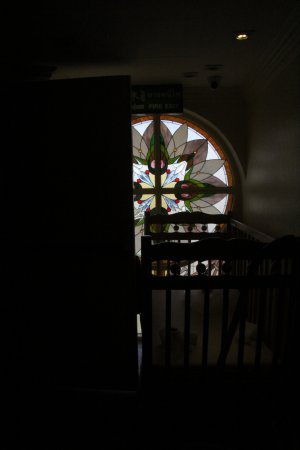Buddy Lodge Hotel: Corridor window on the fifth floor.