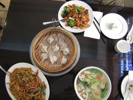 Nouilles aux boeuf et aux l gumes bouch e vapeur l gumes for 456 shanghai cuisine manhattan ny