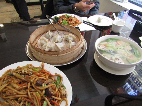 Nouilles aux boeuf et aux l gumes bouch e vapeur l gumes for 456 shanghai cuisine