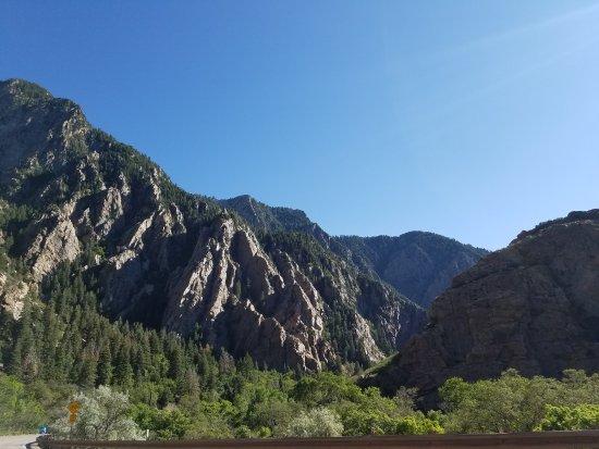 Big Cottonwood Canyon Tour