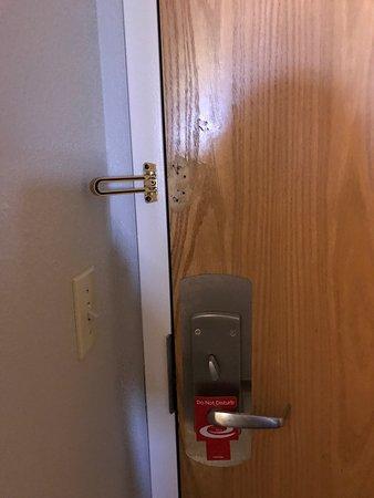Econolodge Inn & Suites: photo0.jpg