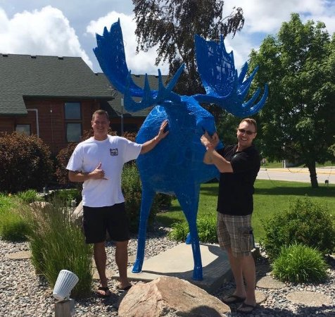 East Grand Forks, MN: College buddies of the 90's at the Blue Moose