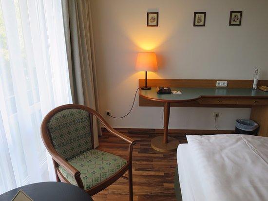 Berg- und Jagdhotel Gabelbach: Schreibtisch