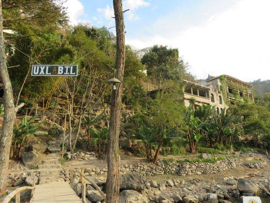 Eco Hotel Uxlabil Atitlan Photo