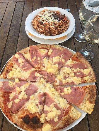 Amici Pizza Cafe