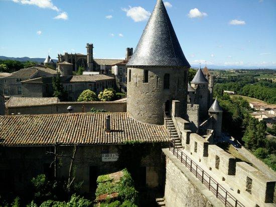 starck architecture picture of chateau et remparts de la cite de carcassonne carcassonne. Black Bedroom Furniture Sets. Home Design Ideas