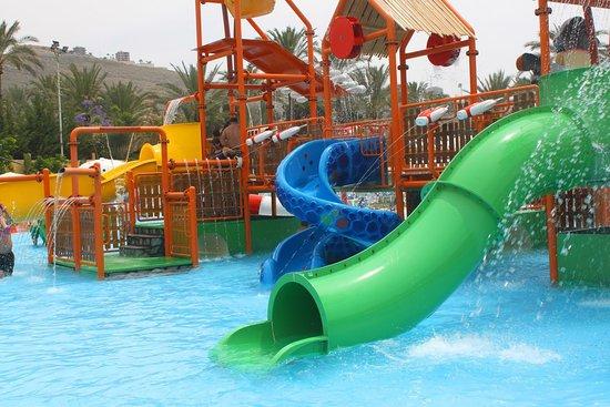Jiyeh, Lebanon: Aquaville