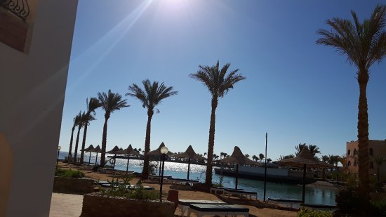 Arabia Azur Resort: 20170618_072441_large.jpg
