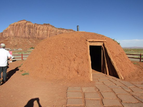 Hogan Picture of Goulding's Monument Valley TripAdvisor