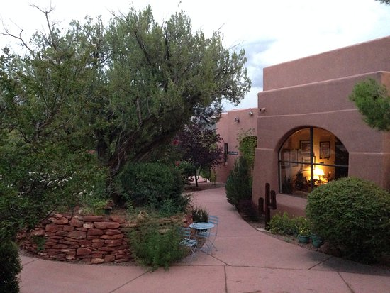 Alma de Sedona Inn Bed & Breakfast: Main Lodge