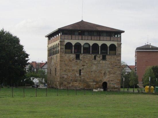 Torre Muntsaraz