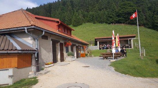 Sainte-Croix, Switzerland: Buvette et son couvert