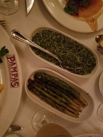 Pampas Steakhouse: Creamed spinach & Asparagus
