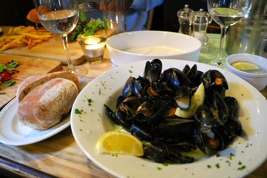 Winkfield, UK: Delicious mussels!
