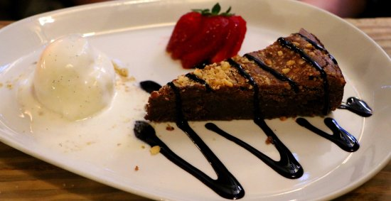Winkfield, UK: Dessert!
