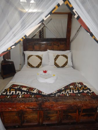 Shaba boutique hotel updated 2018 b b reviews price for Stone island bedding