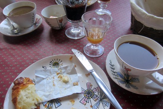 Le Degoutaud: Delicious fresh natural breakfast