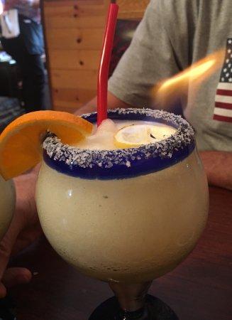 El Paraiso Family Mexican Restaurant: Wonderful Food~ Flaming Margarita ❣️