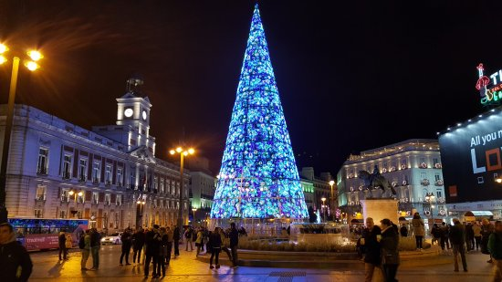 Plaza del sol navidad madrid picture of puerta del sol for Plaza del sol madrid