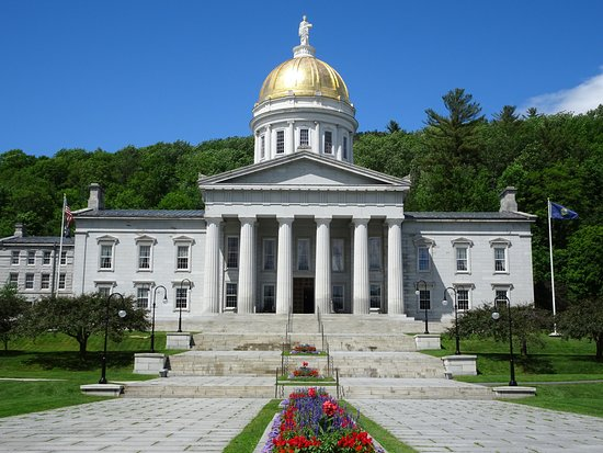 Vt state capitol picture of vermont state house for Building a house in vermont