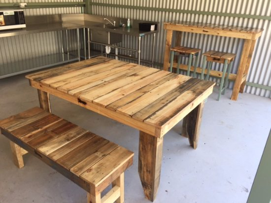 Lake Hume Tourist Park: Camp Kitchen