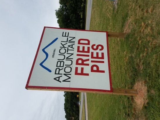 Arbuckle Mountain Fried Pies: 20170630_105117_large.jpg