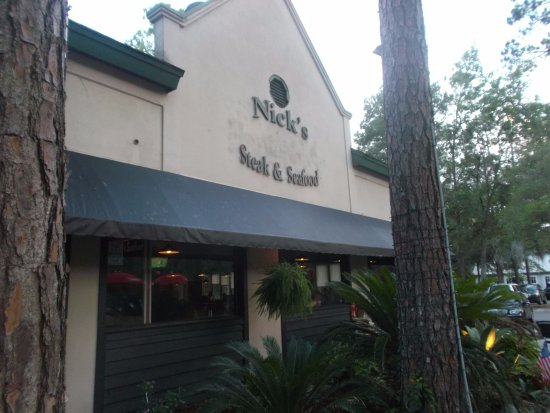 Red fish picture of nick 39 s steak and seafood hilton for Red fish hilton head