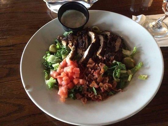Menomonee Falls, Ουισκόνσιν: Blackened Chicken Caesar. So good !!!