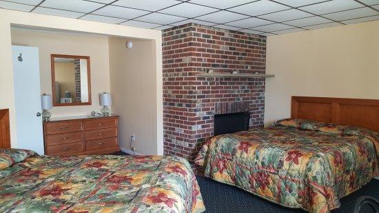 Compass Family Resort Motel: 20170701_132007_large.jpg