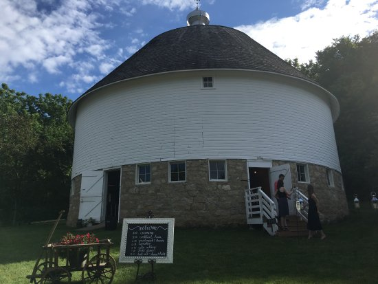 Round Barn Farm B&B: photo0.jpg