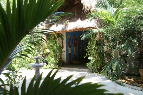Los Aluxes Bacalar Hotel: Entrada a nuestro restaurante