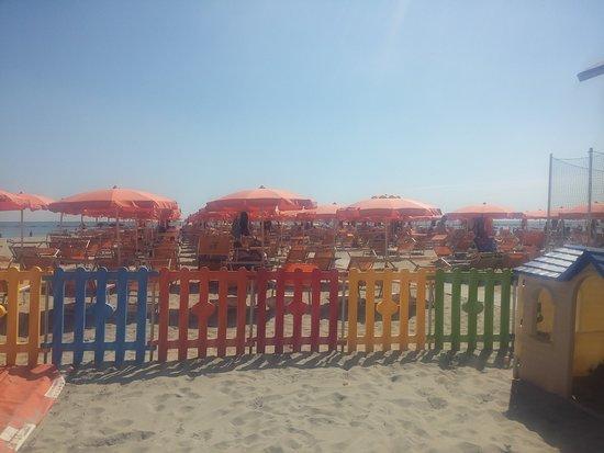 Zona tavoli picture of bagno miramare punta marina terme tripadvisor - Bagno bologna punta marina ...