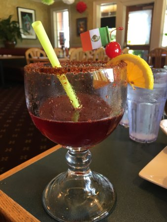 Sedro Woolley, WA: Amazing Jamaica Marguerita! They boil their flowers there to make the drink! Fresh and delicious