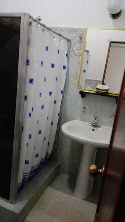 Hotel Dos Mundos: IMG_20170630_150304_large.jpg