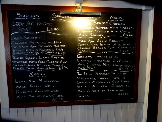 Kilburn, UK: The daily Specials Blackboard, plenty of meals to choose from